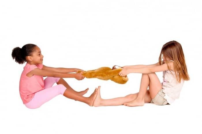 Cómo enseñar a compartir a los niños