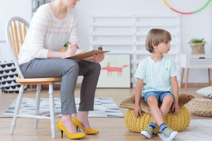 Signos de hiperactividad desde bebés hasta niños de 6 años o más