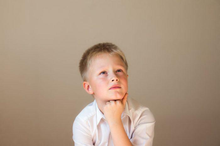 Cómo ayudar a un niño/a con TDAH a actuar con calma