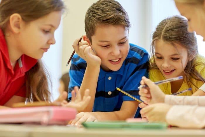 Resultado de imagen de escuela niños