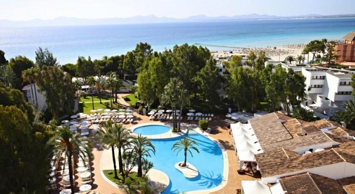 Hotel para niños Iberostar Ciudad Blanca, en Puerto de Alcudia, Mallorca