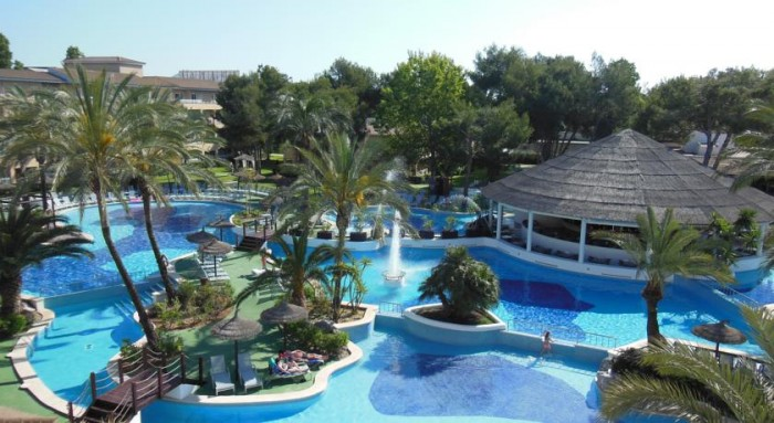 Hotel para niños Prinsotel La Dorada, en Playa de Muro, Mallorca