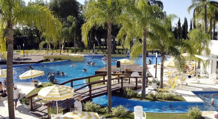 Hotel Los Pinos Resort & Spa Termal, en Río Hondo, Santiago del Estero, Argentina