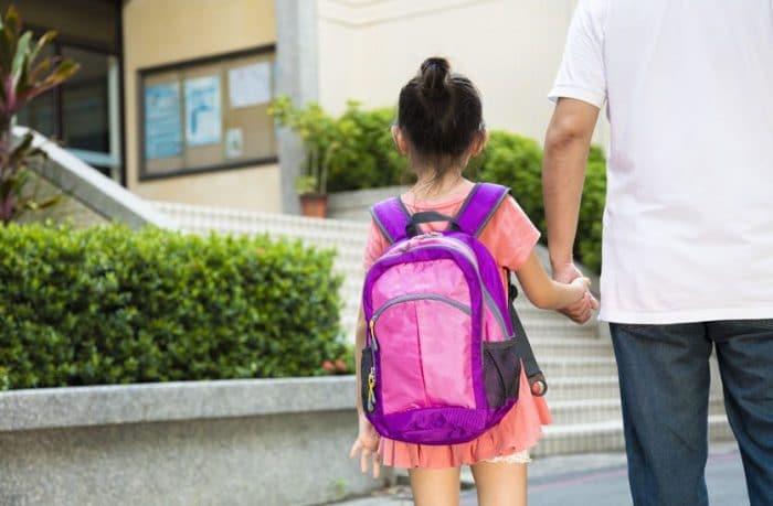 Ahorrar material escolar