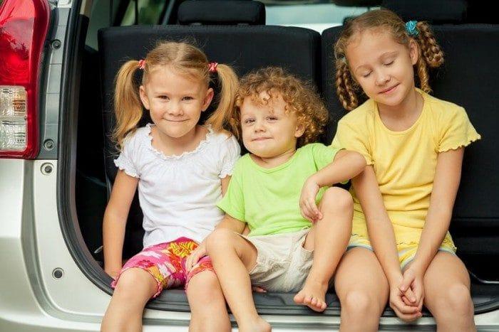 Cómo entretener a los niños en los viajes