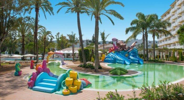 Los mejores hoteles para ni os en alcudia con todo incluido - Hotel piscina toboganes para ninos ...