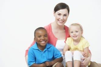 Requisitos para adoptar un niño en España