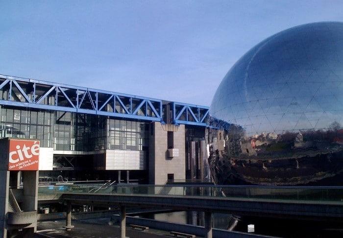 Ciudad de la Ciencia y la Industria en París