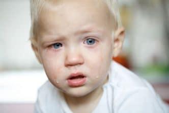 Dejar llorar a los niños