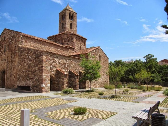 Iglesia románica de Sant Pere, Parc Vallparadís de Terrassa, en Cataluña