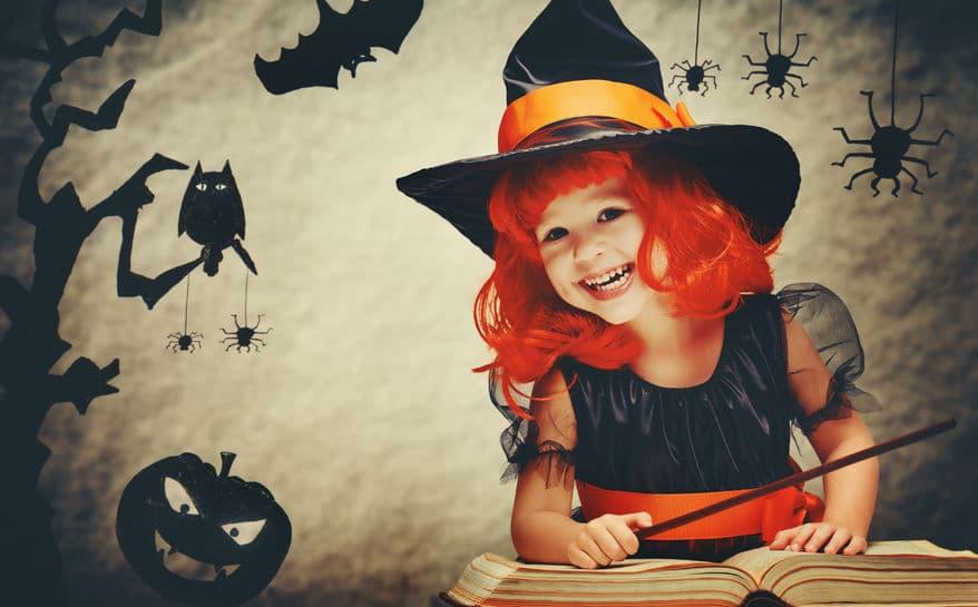 Celebrar Halloween niños