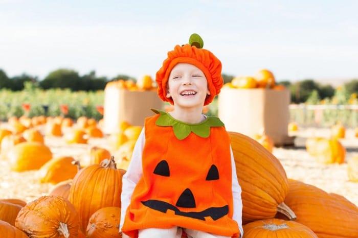 Disfraz infantil de calabaza en Halloween