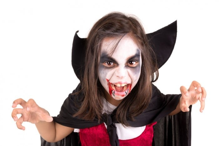 Traje de vampiro sexy y capa