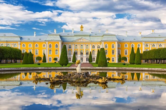 Palacio de Peterhof, San Petersburgo, Rusia