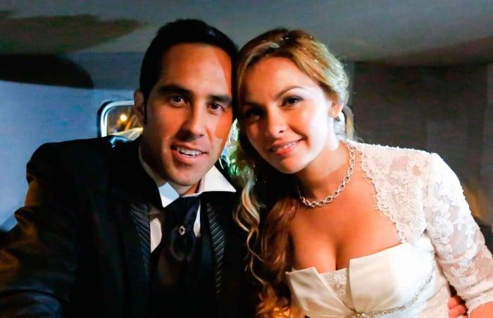 Carla Pardo y Claudio Bravo