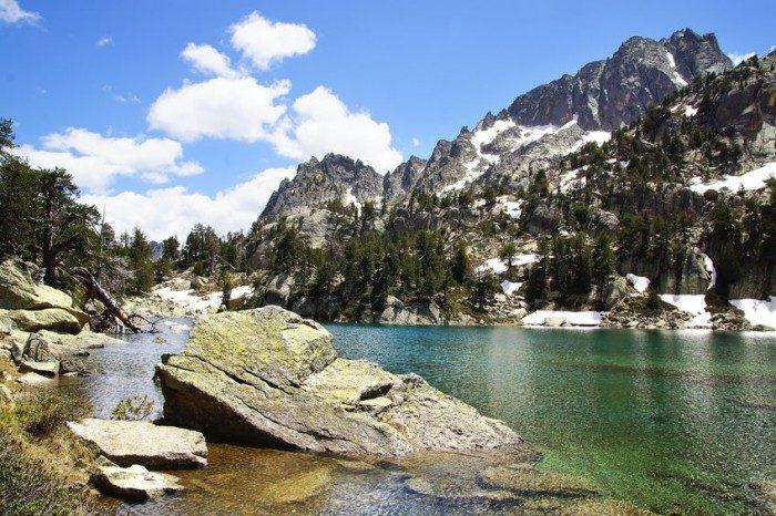 Escapada rural Parque Nacional de Aiguas Tortas y Lago de San Mauricio, en Pirineo Catalán