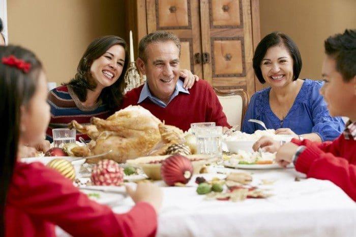 Inculcar buenos valores en los niños en Navidad