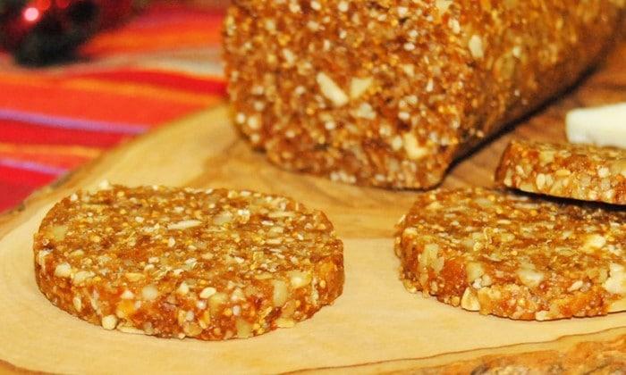 Receta de canapé de pan de higos y frutos secos para navidad