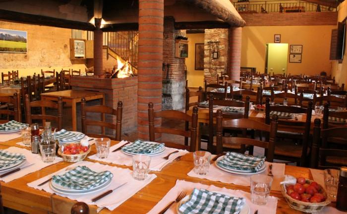Restaurante para comer o cenar con niños Vinya Nova, en El Bruc, Barcelona, Cataluña