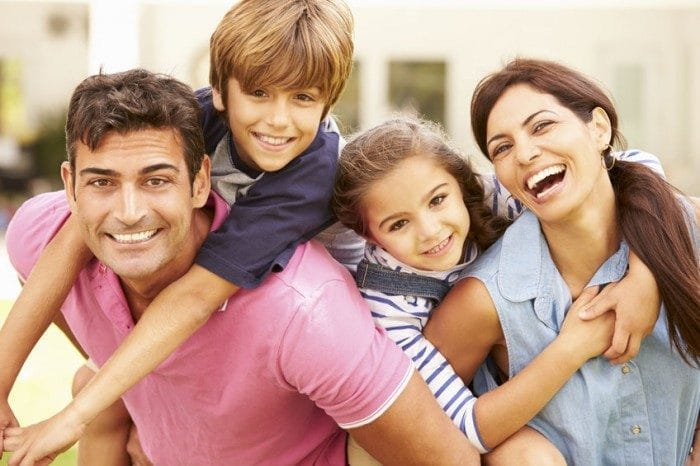 Matrimonios Catolicos Felices : Cómo conseguir una vida familiar feliz etapa infantil