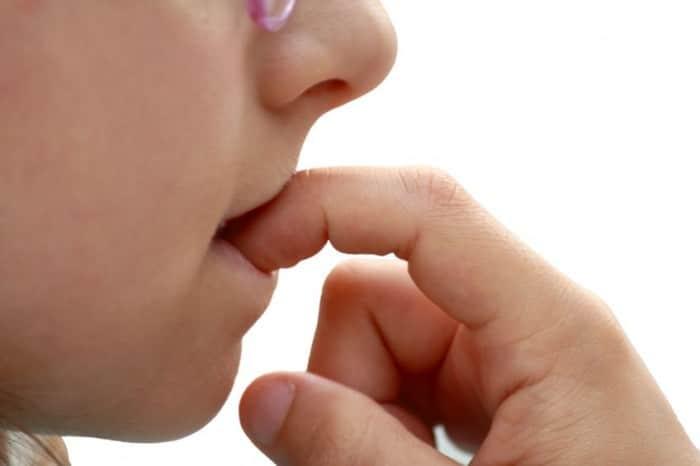 Cómo dejar de morderse las uñas