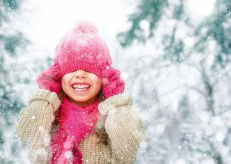 Vestir niños nieve