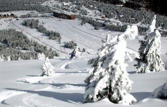 Alojamiento para disfrutar de la nieve con niños El Mirador de Port del Comte, en Lleida