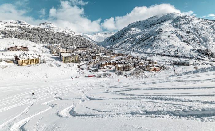 Estación de esquí Candanchú, en el Pirineo Aragonés