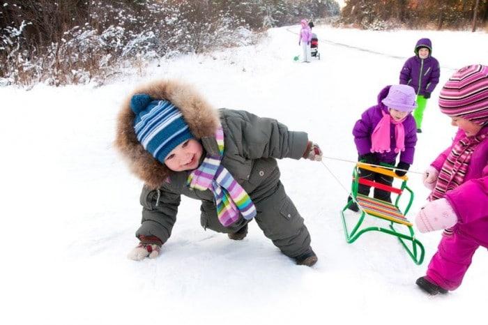 Juegos para hacer con niños en la nieve
