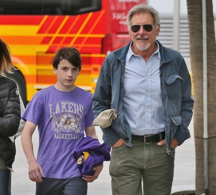 Harrison Ford hijo adoptado