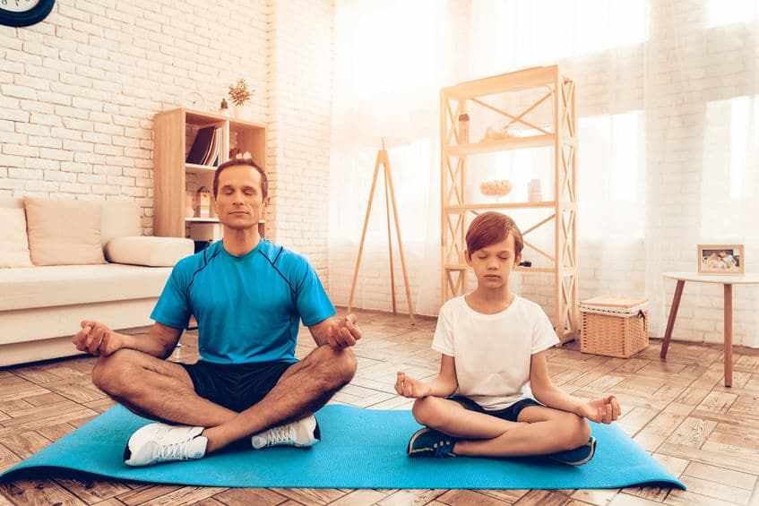 Yoga infantil beneficios