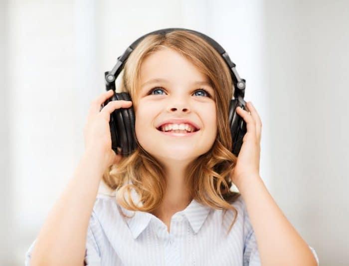 Cómo índice exactamente la música sobre el cerebro infantil