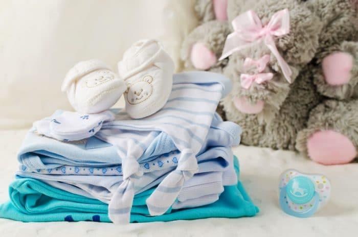 Lista con todos los artículos que necesitarás para afrontar el nacimiento del bebé
