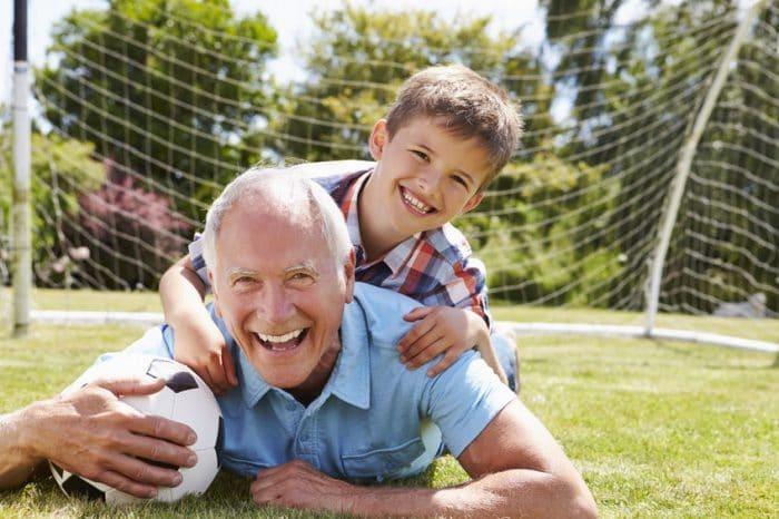 Maneras de ser un abuelo maravilloso
