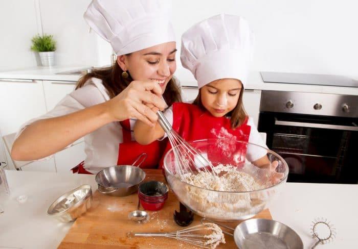 Receta de brownie de chocolate para hacer con niños