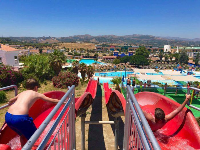 Aquavelis Parque Acuático, en Torre del Mar, Málaga