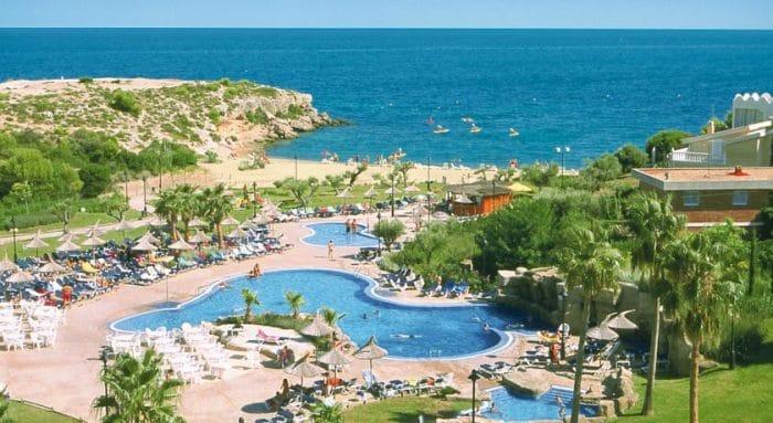 Los mejores hoteles de la costa dorada para ir con ni os etapa infantil - Hotel piscina toboganes para ninos ...