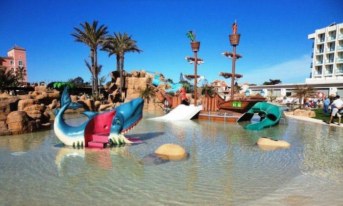 Los mejores hoteles para ni os en almer a etapa infantil - Hotel piscina toboganes para ninos ...