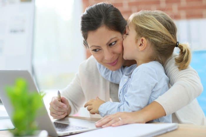 Madres trabajadoras, hijos exitosos
