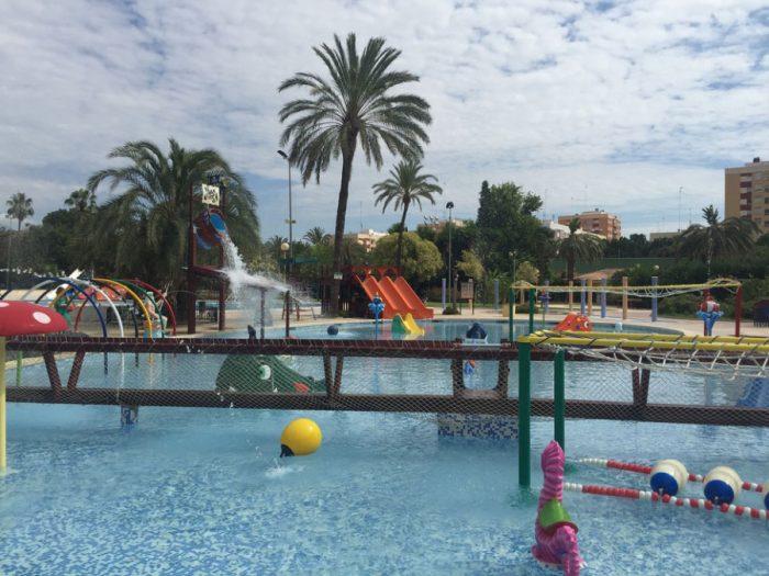 Parque acuático Piscina Benicalap, en Valencia