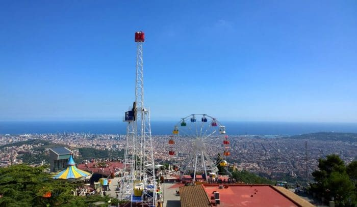 Vistas, Carrusel, Atalaya y Noria, en Tibidabo, Barcelona
