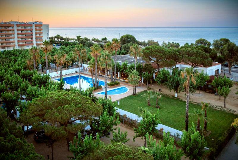 Camping playa Bell Sol, en Pineda de Mar, Barcelona