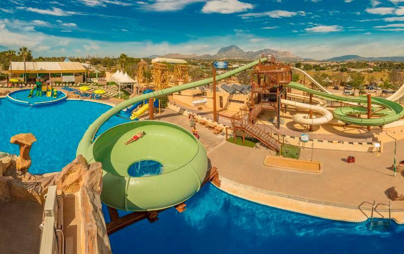 Hotel Magic Robin Hood Lodge Resort, en Albir, Alicante