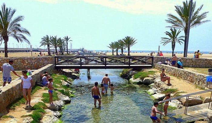 Balneario gratis Estany i Riuet de Coma-ruga, en El Vendrell, Tarragona