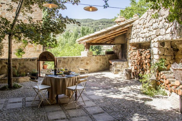 Casa rural La Casa de Los Moyas, en Olba, Teruel