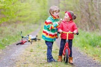 Enseñar niños disfrutar emociones
