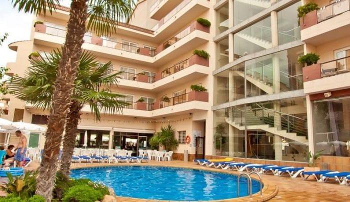 Hotel Promenade, en Pineda de Mar, Barcelona