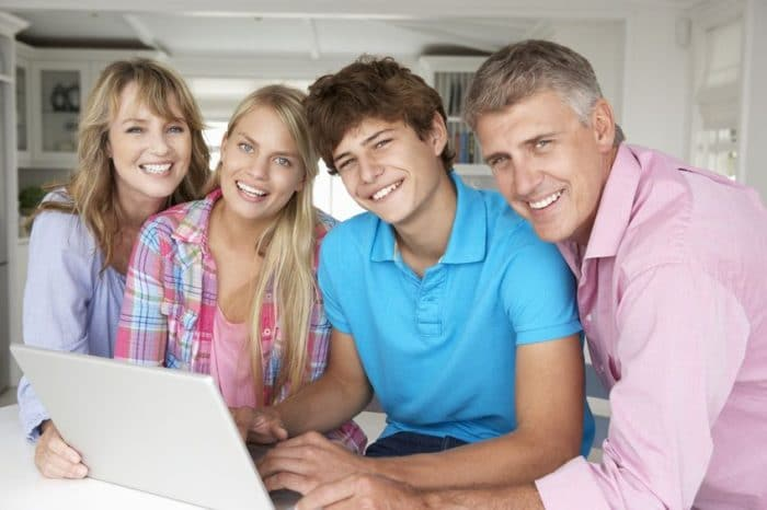 Influencia amigos adolescencia