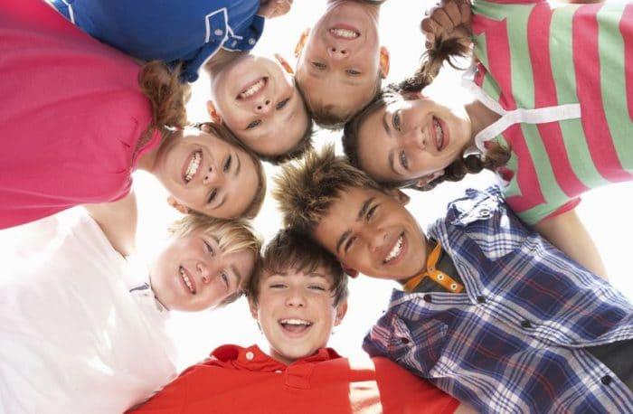 Influir en los adolescentes más que sus amigos
