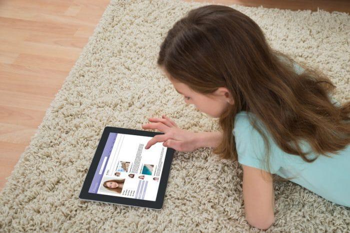 Señales hijo adolescente problemas online